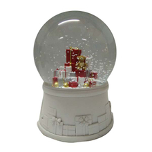 Christmas day water globe